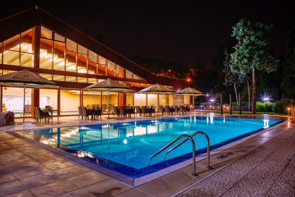 Pool Shop